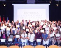 100 personas de etnia gitana, perceptoras de la RMI, obtienen formación para el empleo