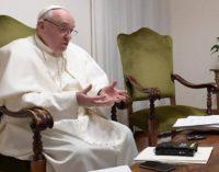 """Entrevista al Papa en 'Sole 24 Ore': """"Detrás de cada actividad hay una persona"""""""