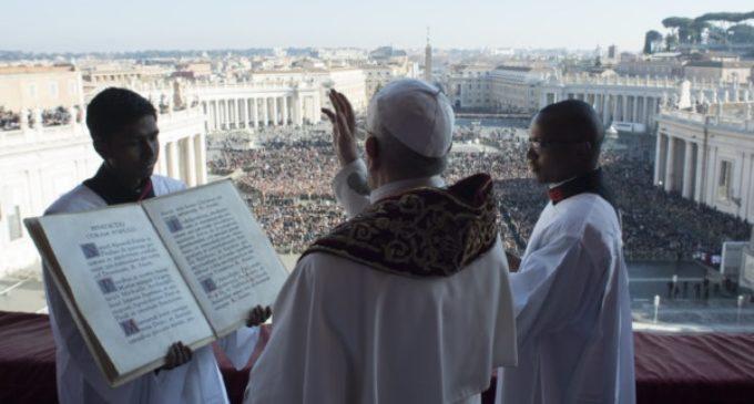 Mensaje de Navidad: El Papa dice no al sufrimiento de los niños del mundo