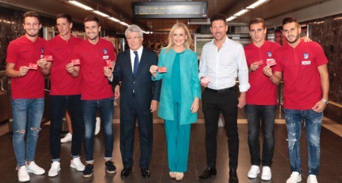 Cifuentes anima a utilizar el Metro para acudir al nuevo estadio del Atlético de Madrid