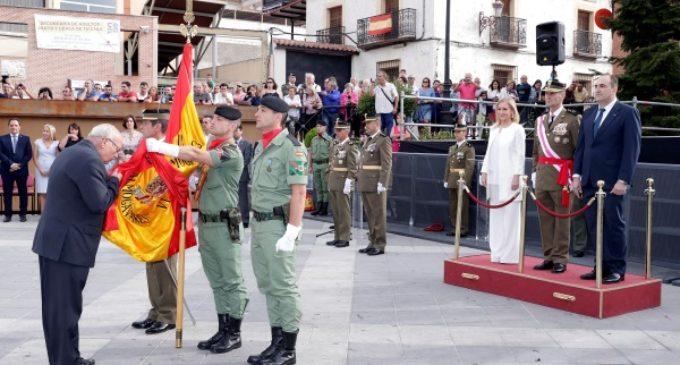 Cifuentes, en la jura de bandera para personal civil que celebra el Ayuntamiento de Algete
