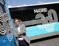 Almeida visita el Centro de Operaciones de la EMT para conocer los nuevos modelos autobuses eléctricos