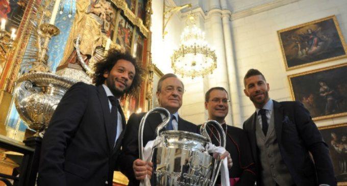 El Real Madrid ofrece su gesta europea a la Virgen de la Almudena