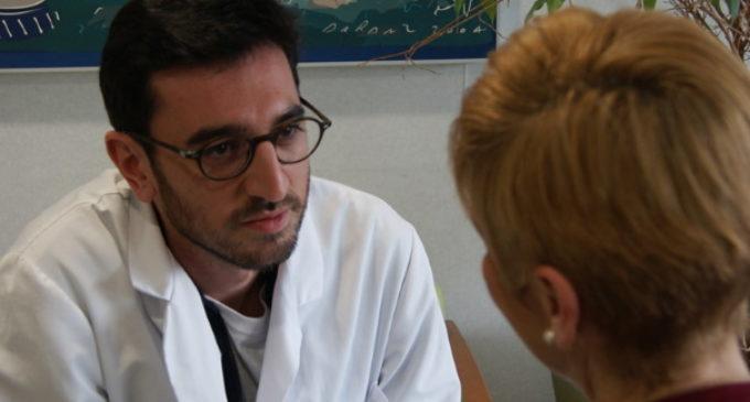 Alonso García de la Puente, psicólogo en cuidados paliativos: «Nos habéis regalado al padre que nunca tuvimos»