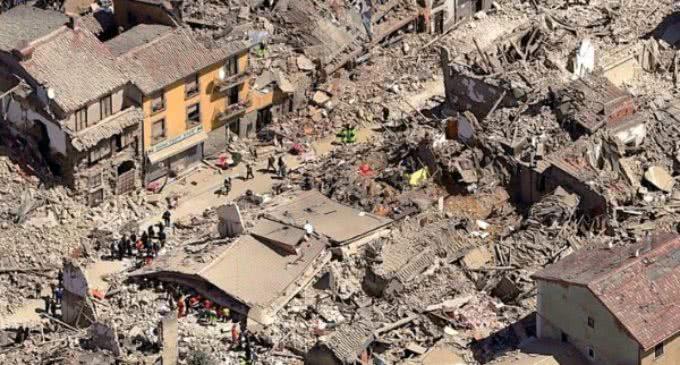 Terremoto en Italia: el Papa en el ángelus recuerda su cercanía a los afectados
