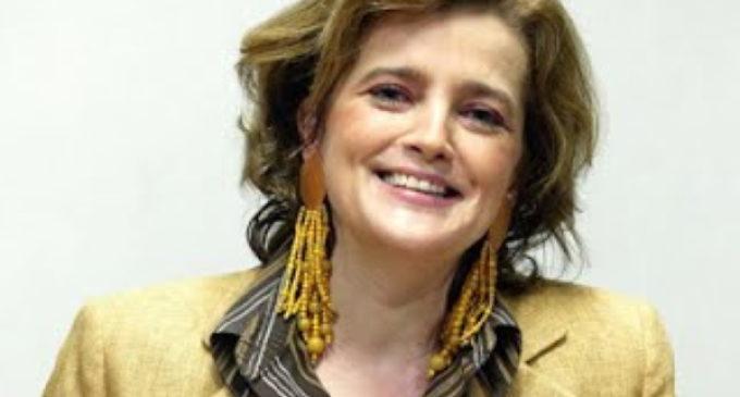 Opinión: «Democracia o Pasoecracia» por Ana Baschwitz