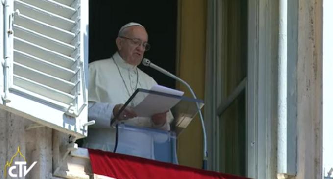 """Trata de personas: el Papa llama a combatir este """"azote"""""""