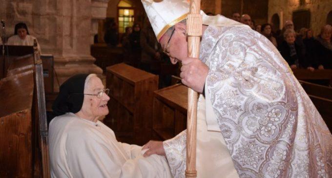 Los 100 años (76 de monja) de la hermana Asunción