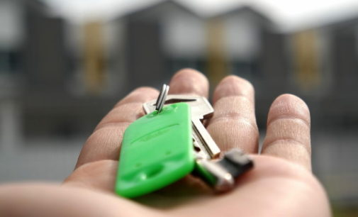 Nueva reducción en las rentas de alquiler a los locales comerciales de la Agencia de Vivienda Social
