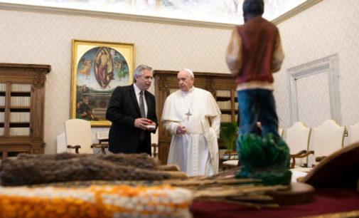 Argentina: El Papa conversa con Alberto Fernández sobre pobreza y deuda económica