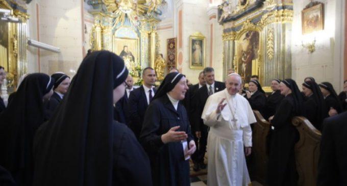 """Vaticano: nace """"D.VA"""", la primera asociación completamente femenina"""