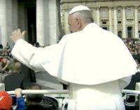 El Papa en la audiencia: 'Dios está cerca y camina a nuestro lado'
