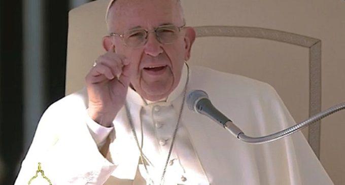 El Papa: 'Las obras de misericordia no son teoría, sino testimonio concreto'