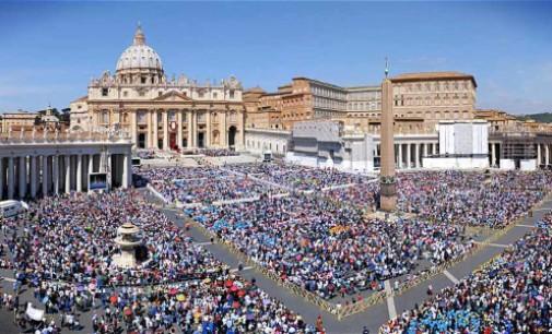 Participación de fieles en los encuentros con el Papa Francisco de 2015