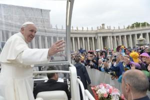 Audiencia Jubilar 14.5.2016 - Osservatore Romano 2