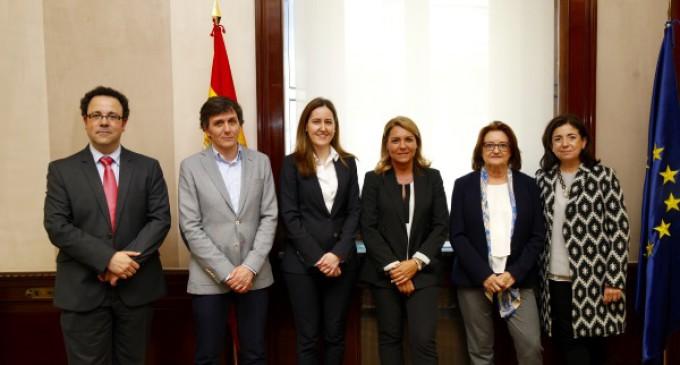 Susana Camarero refuerza el compromiso del Gobierno con las personas con autismo y apoya el Programa Bebé