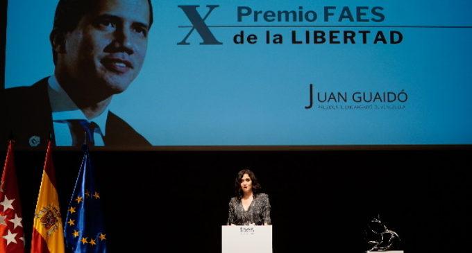 """Díaz Ayuso anima a Juan Guaidó a seguir defendiendo la libertad como hasta ahora: """"No permitáis que el régimen os divida"""""""
