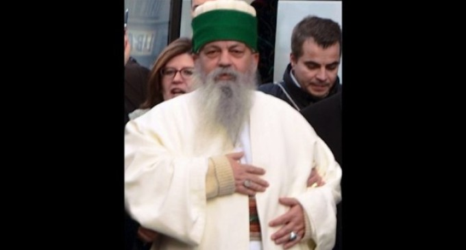 El encuentro de Francisco con el jefe de los Bektashi de 'hermano a hermano'