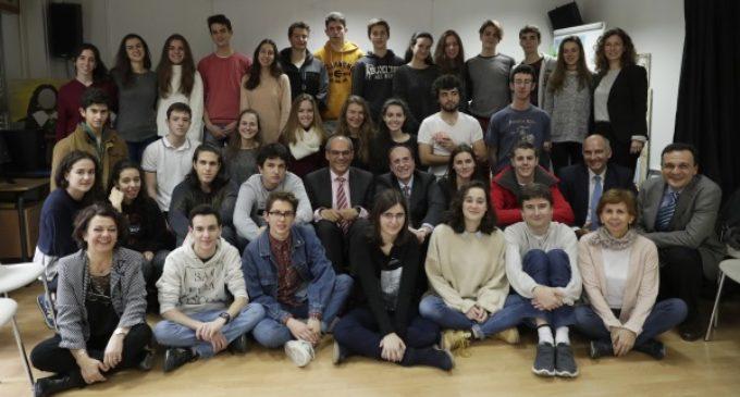 El programa de Bachillerato de Excelencia supera los 800 alumnos de 14 institutos públicos