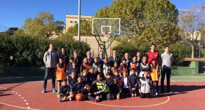 La Comunidad de Madrid impulsa un programa contra el acoso escolar en los colegios a través del baloncesto