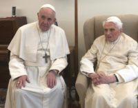 Benedicto y Francisco: un encuentro que zanja rumores