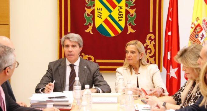 La Comunidad fomenta el empleo indefinido en la región con un paquete de ayudas de 12 millones de euros