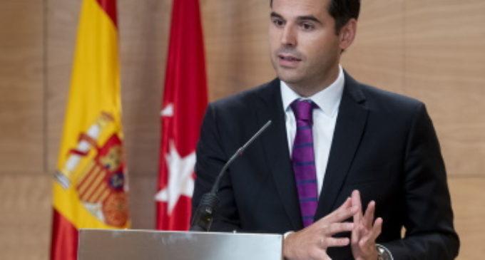 La Comunidad de Madrid invierte 29 millones para implantes cocleares y tratamientos de hormonas del crecimiento