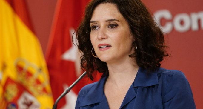 Díaz Ayuso firma un Decreto que limita la entrada y salida de Madrid durante el puente de Todos los Santos y el de La Almudena