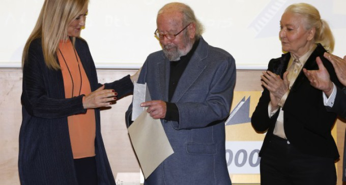 Caballero Bonald recibe el Premio Francisco Umbral al Libro del Año 2015