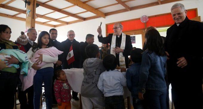 Cardenal Cipriani: contraponer Francisco a Benedicto es un objetivo diabólico