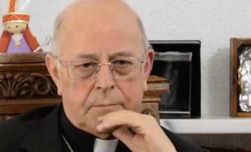 Cardenal Ricardo Blázquez: «Siempre tuve claro que debía estar cerca de las víctimas del terrorismo»