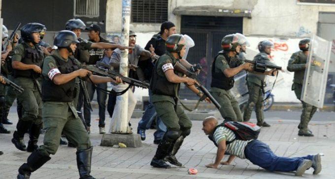 Cardenal Urosa: En Venezuela hay «una guerra del gobierno contra el pueblo»