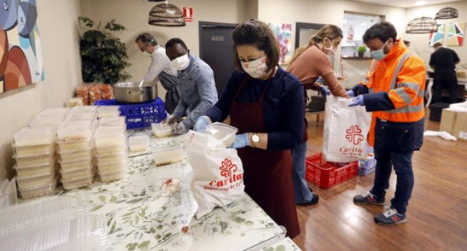 La pandemia lleva a Cáritas a 500.000 nuevas personas