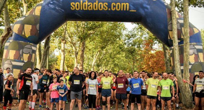 Un total de 4.000 corredores se dan cita en la XVII Carrera Cívico Militar Contra la Droga