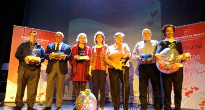 La Comunidad premia las mejores cartas de amor y piropos de mayores