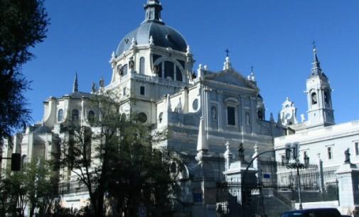 La Puerta de la Misericordia de la catedral de la Almudena se abrirá el 12 de diciembre