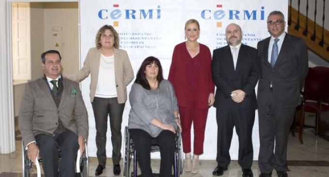Cifuentes pondrá en marcha la Estrategia Madrileña de Atención a Personas con Discapacidad