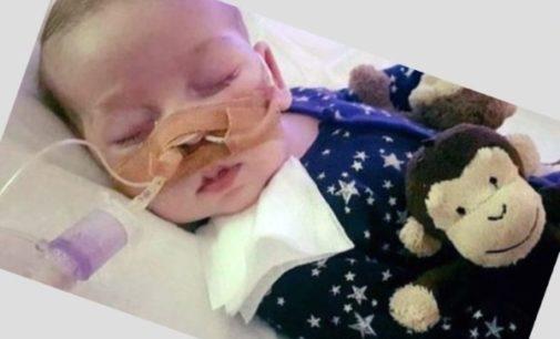 Falleció Charlie Gard, el bebé que consternó al mundo