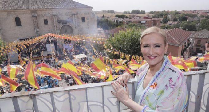 Cifuentes manifiesta su apoyo absoluto al Gobierno de España ante el desafío al Estado