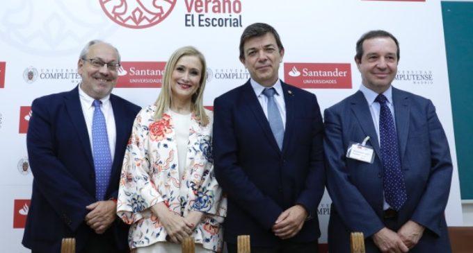 """Cifuentes apuesta por una España """"unida, próspera y tolerante"""" frente a """"los populismos de uno y otro signo"""""""