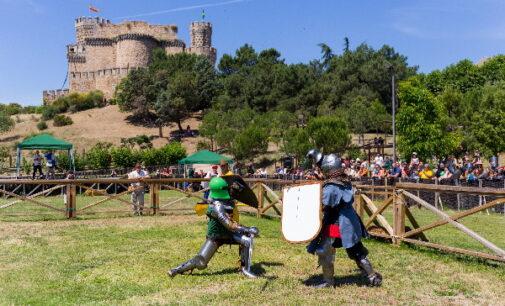 La Comunidad de Madrid invita a conocer el castillo de Manzanares El Real con exhibiciones de combates medievales