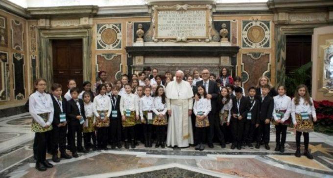 """Concierto de Navidad en el Vaticano: Un """"gran éxito"""" en favor de los niños"""
