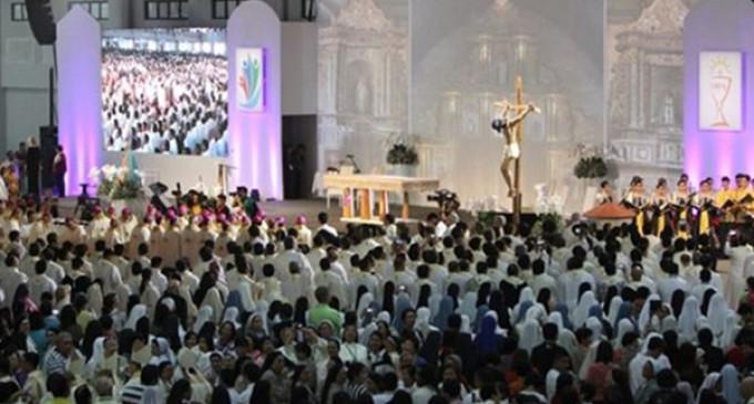 El Papa en la clausura del Congreso Eucarístico Internacional en Filipinas: La Eucaristía nos enseña a actuar con integridad