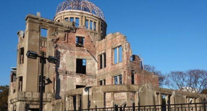 "Mons. Gallagher en Hiroshima: 'Esta ciudad nos interpela e invita a buscar la paz"""