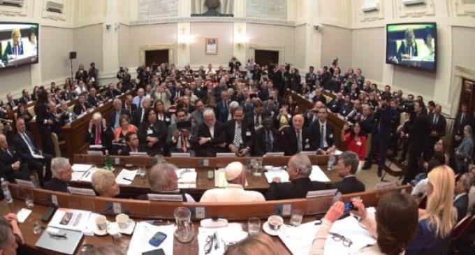 El Papa pide a los jueces combatir la delincuencia sin olvidarse de las víctimas