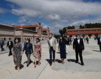 Díaz Ayuso acompaña a los Reyes en la reapertura del centro cultural Matadero