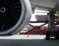 La Comunidad de Madrid recibe el quinto avión en solo dos días con material sanitario para el COVID-19
