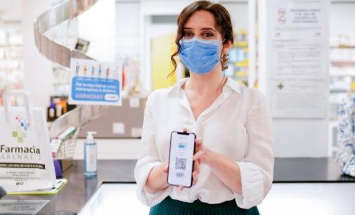 Díaz Ayuso presenta la primera Tarjeta Sanitaria Virtual en el móvil para todos los madrileños