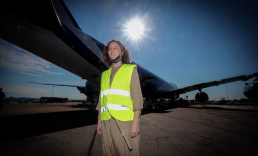 La Comunidad de Madrid recibe su quinto avión en menos de un mes con material sanitario y supera las 350 toneladas