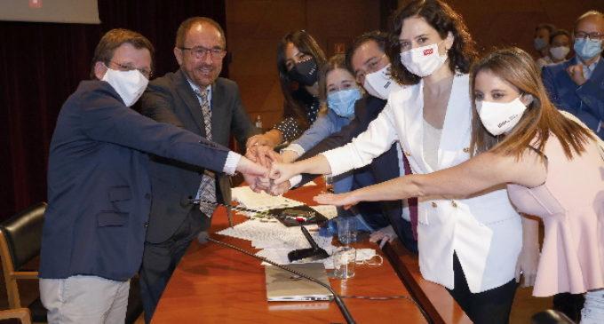 """Díaz Ayuso celebra la declaración de El Retiro y el Paseo del Prado como Patrimonio Mundial de la UNESCO: """"Madrid está asombrando al mundo"""""""